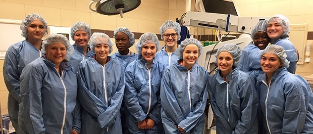 New Visions Health Academy students get firsthand operating room experience