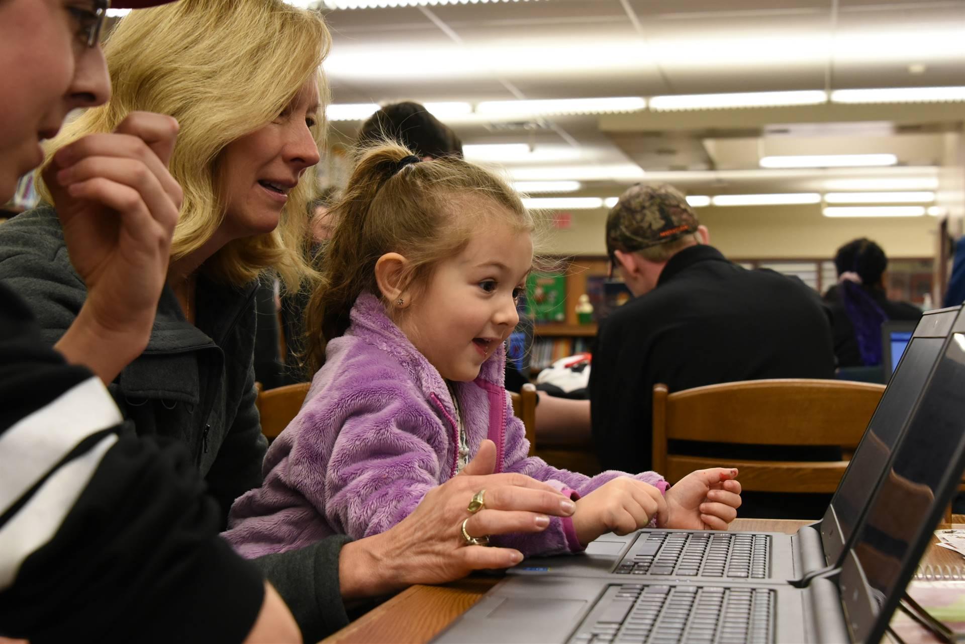 Preschoolers learn computer coding