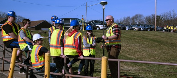 State DOT surveyors share work experiences with students