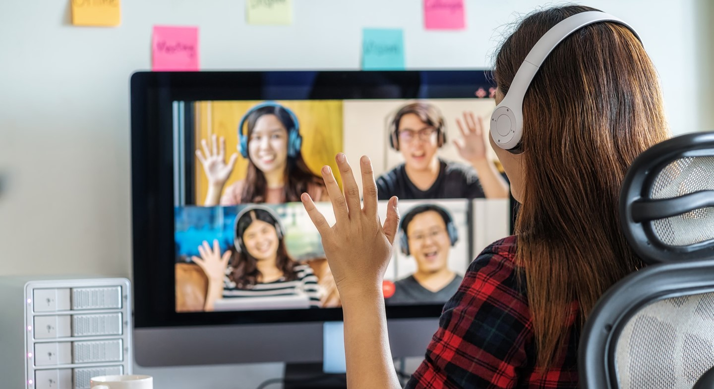 Girl participating in virtual class